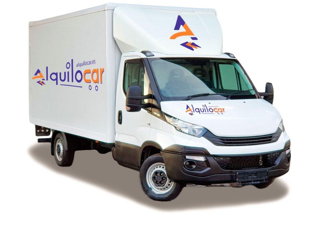 Camión con plaraforma